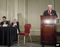 Congressman Jim Moran asserts US support of Egyptian Peoples