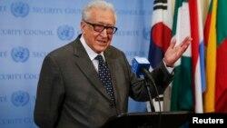 Utusan bersama PBB-Liga Arab untuk Suriah, Lakhdar Brahimi resmi mundur dari jabatannya akhir bulan ini (foto: dok).