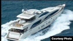 Kapal yacht Azimut yang disewakan oleh PT Sheila Holiday. (Courtesy: Sheila Holiday)