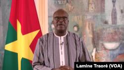 Le président Roch Kaboré s'adressant à la Nation, Ouagadougou, le 7 novembre 2019. (VOA/Lamine Traoré)