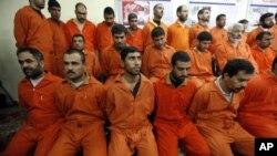 Sospechosos de pertenecer a la red al Qaeda detenidos en 2010 por las autoridades iraquíes.