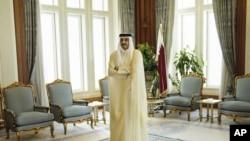 L'émir du Qatar, Cheikh Tamim ben Hamad Al-Thani, dans son palais à Doha, Qatar, le 3 août 2015.(Brendan Smialowski/Pool Photo via AP, File)