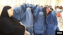 مسوولان در خوست در تلاش گسترش برنامۀ سواد آموزی اند