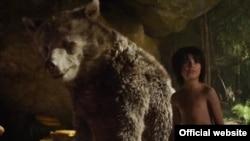 """Salah satu adegan dalam film """"The Jungle Book."""""""
