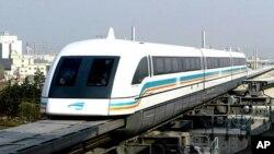 Tuyến đường sắt dự kiến tốn 9,6 tỉ. (AP Photo/Ren Long, Xinhua)