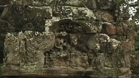 Statues on the wall of angkor wat temple (video reuters)