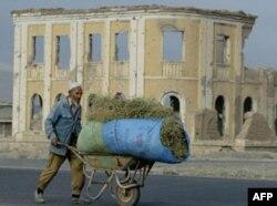 """""""Qirg'iziston hukumati Afg'oniston masalasida aniq strategiyaga ega emas"""""""
