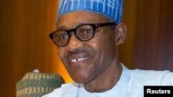 Shugaba Muhammad Buhari wanda ya badaumurnin a binciki minstocinsa