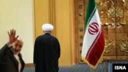 حسن روحانی رئیس جمهوری ایران پس از نشست خبری بعد از آغاز برجام.