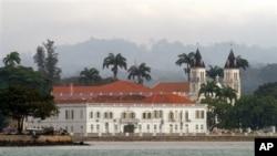Edifício sede dos Tribunais em São Tomé