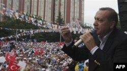 Реджеп Тайип Эрдоган на предвыборном митинге в Анкаре. 29 мая 2011 года