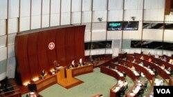 香港立法會選舉提名期結束,報名參選的候選人是歷屆最多,競爭激烈