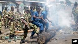 Pour enrayer le cycle des violences au Burundi, l'UA préconise le déploiement d'une force de police internationale.