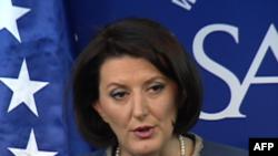 Presidentja Jahjaga flet në SAIS për arritjet dhe synimet e Kosovës
