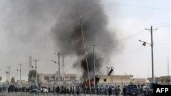 아프가니스탄 남부 헬만드 주의 테러 현장에서 연기가 치솟고 있다. (자료사진)