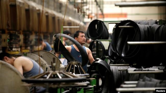 经济学家警告中国今年经济增速或跌破当局预期