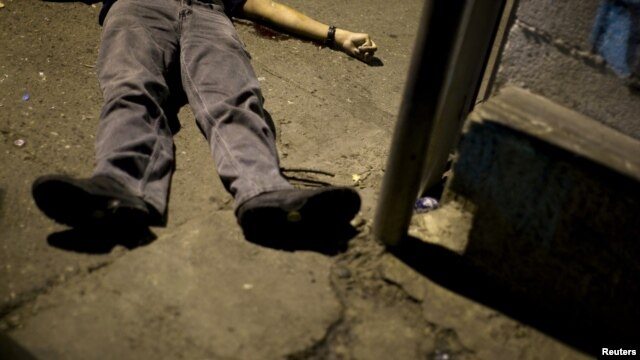 En la última noche en Caracas, 20 personas murieron de forma violenta.
