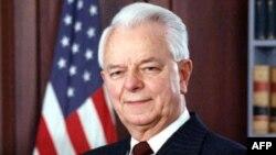 Ndahet nga jeta senatori Robert Bërd