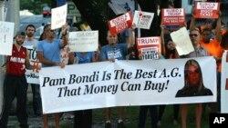 La campaña del republicano señaló que la Fundación Trump, sin ánimo de lucro, cometió un error de oficina, al dar el dinero a And Justice for All, el comité político de la fiscal Bondi.