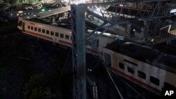 Một đoàn tàu bị trật bánh ở miền bắc Taiwan, 21/10/2018