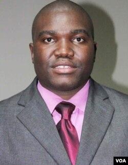 UXolisani Gwesela.