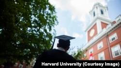Harvard University celebrates Commencement 2013. Graduates await their degrees from Eliot House. Stephanie Mitchell/Harvard Staff Photographer