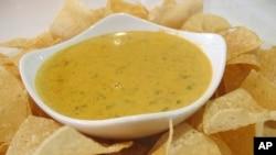 ARSIP - Saus krim keju nacho (foto: AP Photo/Jeannie Nuss)