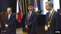 2019年3月6日西藏流亡政府首长洛桑森格和布拉格市长赫瑞普会面