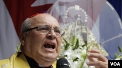 Opositores al régimen cubano reprochan al cardenal Jaime Ortega no haber oficiado misa por los disidentes muertos en la isla.