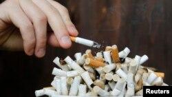 El tabaquismo es la principal causa de muerte prematura por enfermedades crónicas. La Asamblea Mundial de la Salud pidió a los gobiernos reducir el tabaquismo en un tercio para 2025.