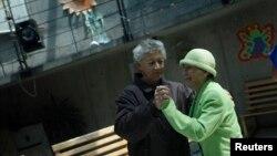 La demencia afecta especialmente a las personas adultos mayores.