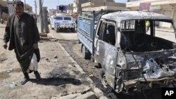 Hiện trường vụ tấn công bằng xe cài bom ở Ramadi
