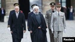 د فرانسې د بهرنیو چارو وزیر لوران فبیوس د ایران د ولسمشر حسن روحاني هرکلی وکړ.