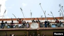 Des partisans du Premier ministre sortant,Raila Odinga,qui conteste l'issue de l'élection présidentielle
