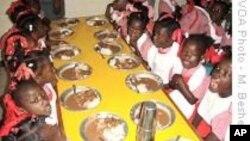 Американци приведени за обид да одведат сираци од Хаити