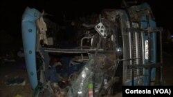 Autocarro envolvido em acidente mortal em Maputo, Moçambique