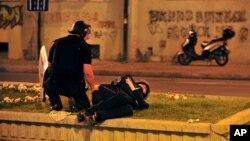 Policajac povređen u sukobima sa demonstrantima u Skoplju