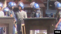 Police in Harare crushed an MDC-T demonstration against alleged police brutality.
