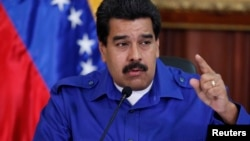 Maduro llevará las firmas contra las sanciones a la Cumbre de las Américas.