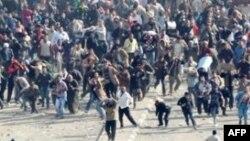 Կահիերում տեղի են ունեցել բախումներ Մուբարաքի կողմնակիցների և ընդդիմախոսների միջև
