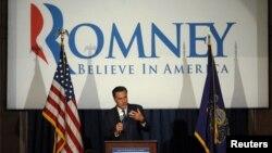 美国共和党总统候选人罗姆尼9月28日在费城参加 一个竞选活动