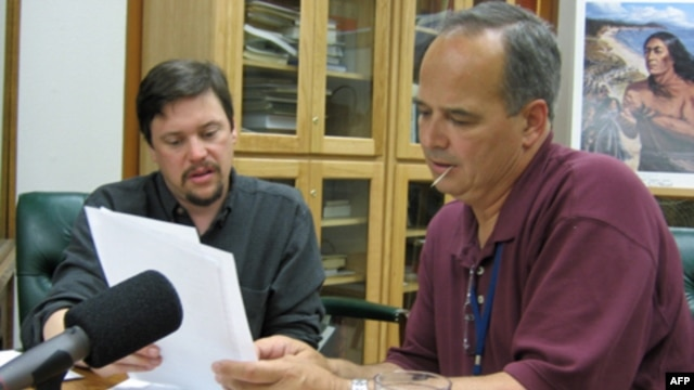 "Alfred ""Bud"" Lane works with linguist Gregory Anderson to record words for a talking dictionary"
