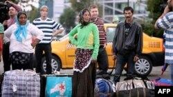 Группу румынских цыган депортируют из Франции