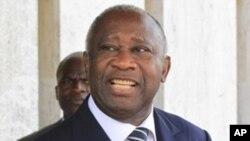 津巴布韦总统穆加贝(2010年12月资料照片)