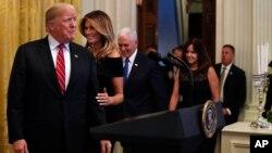 پرزیدنت ترامپ گفت که تحریمها علیه ایران، از شدیدترین تحریمهای اعمال شده علیه یک کشور در تاریخ است