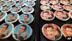 17일 미국 펜실베이니아주 오크몬드의 한 빵집에 등장한 쿠키. 바락 오바마 대통령(왼쪽)과 미트 롬니 공화당 대통령 후보의 얼굴을 담았다.
