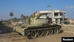 Binh sĩ Iraq tham gia cuộc hành quân để chiếm lại những khu vực trong thành phố Ramadi, tỉnh Anbar ở miền tây Iraq.