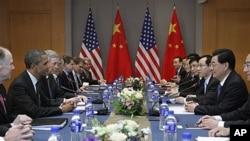 El informe de los expoertos señala que ninguno de los dos países confía en las intenciones del otro a largo plazo.
