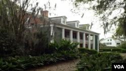 Actualmente, esta mansión de tres pisos construida en 1860 es una parada obligatoria para muchos turistas.