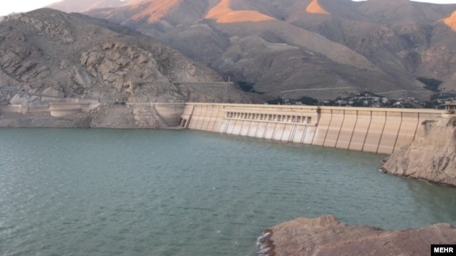 Latian Dam Resevoir outside Tehran (courtesy Mehr News)